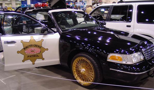 Monster Garage Cop Car Donut Maker